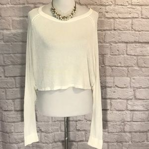 Cream Lumiere Cropped sweater size large
